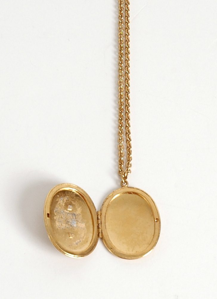1950s locket + bouquet cameo necklace
