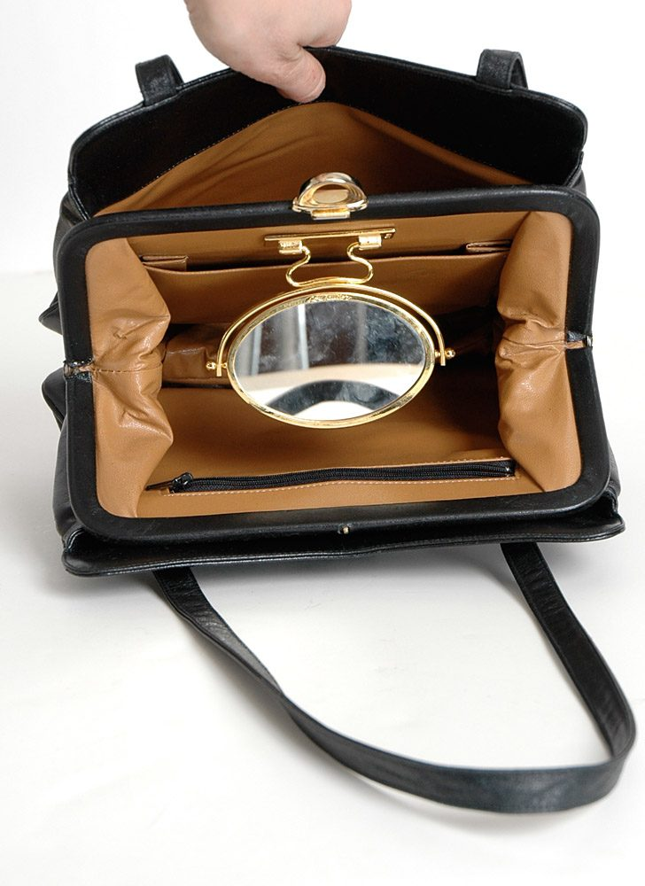 1960s 70s Lou Taylor shoulder bag
