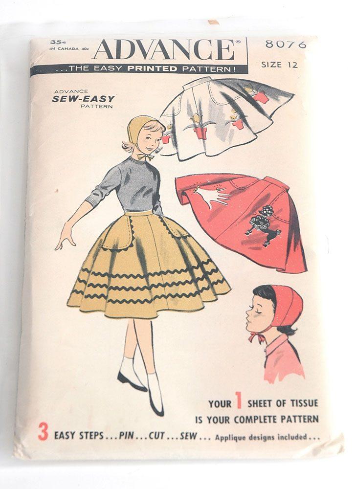 1950s Advance pattern 8076 skirt/bonnet + applique