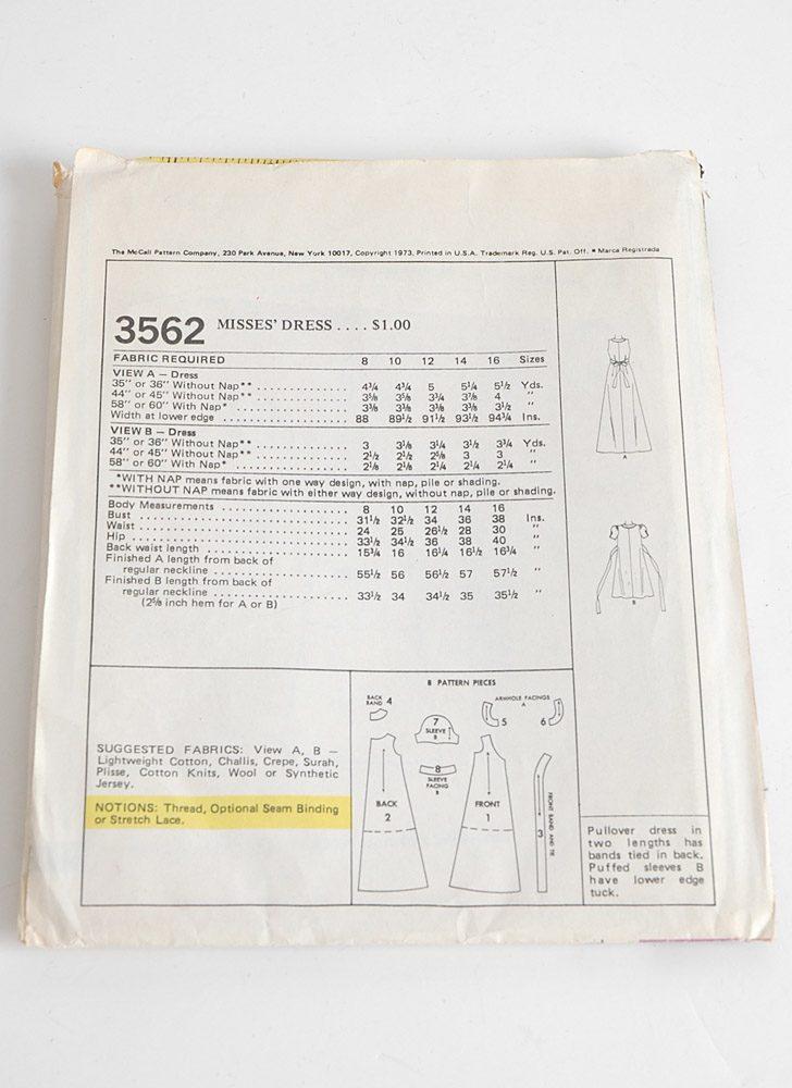 McCall's 1970s dress pattern 3562 b36