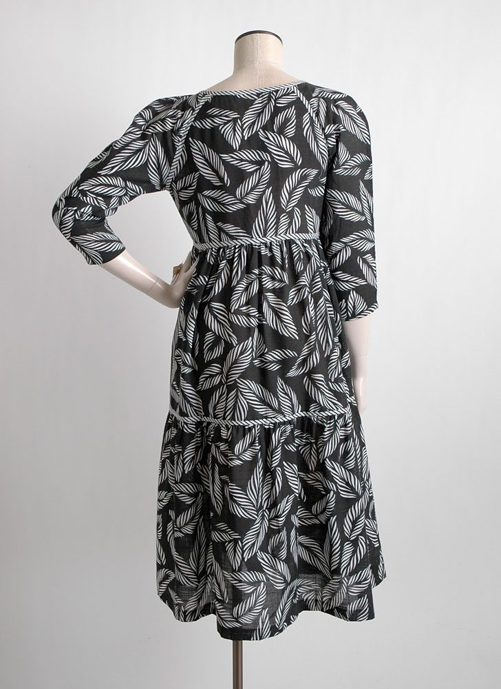 1970s black + white peasant dress new-old