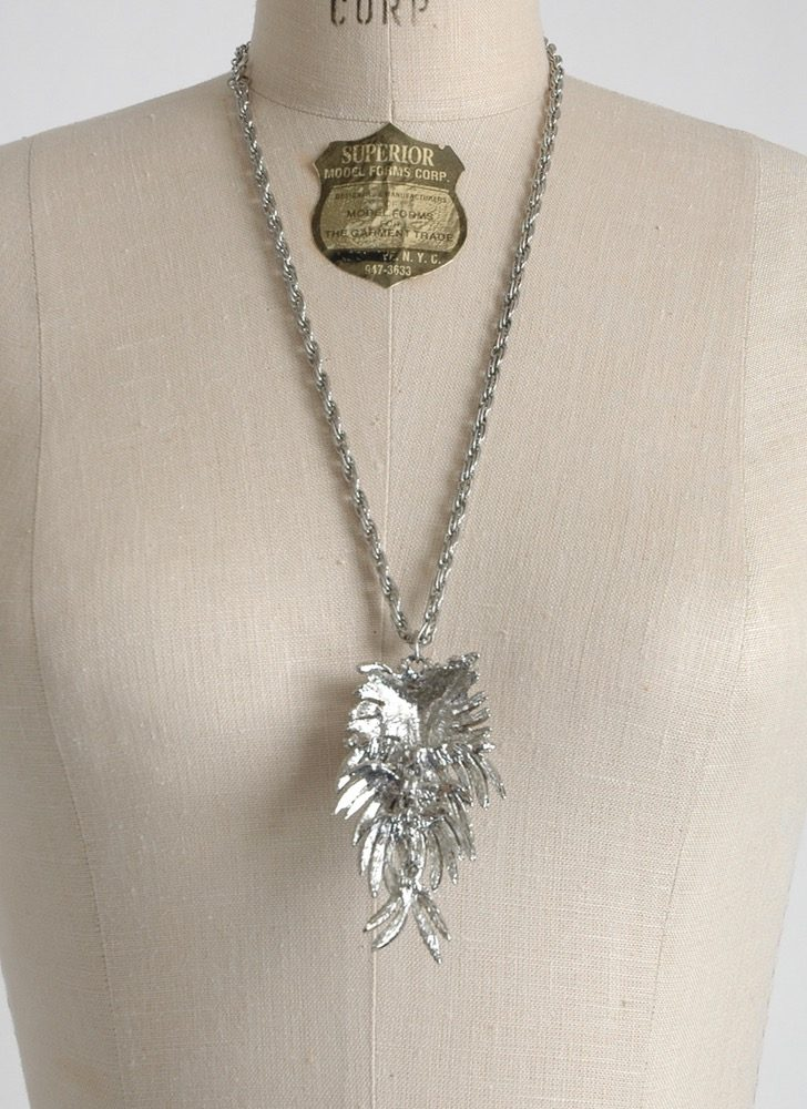 1960s 70s silver-tone owl necklace