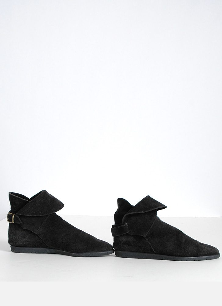 1980s black suede slouch ankle boots 6 1/2