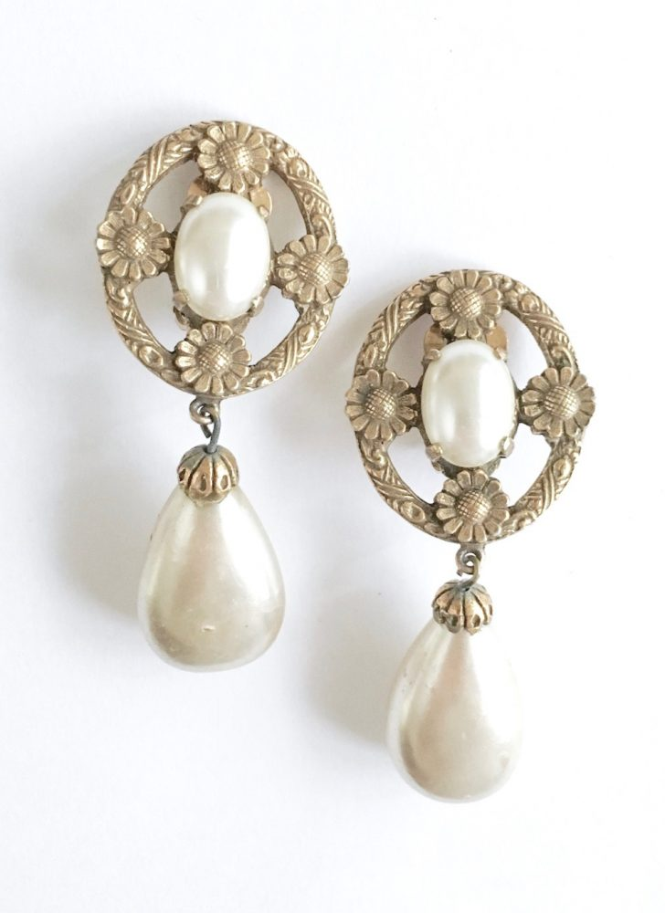 "COMING SOON! vintage daisies and pearl drop earrings ""YSL"""