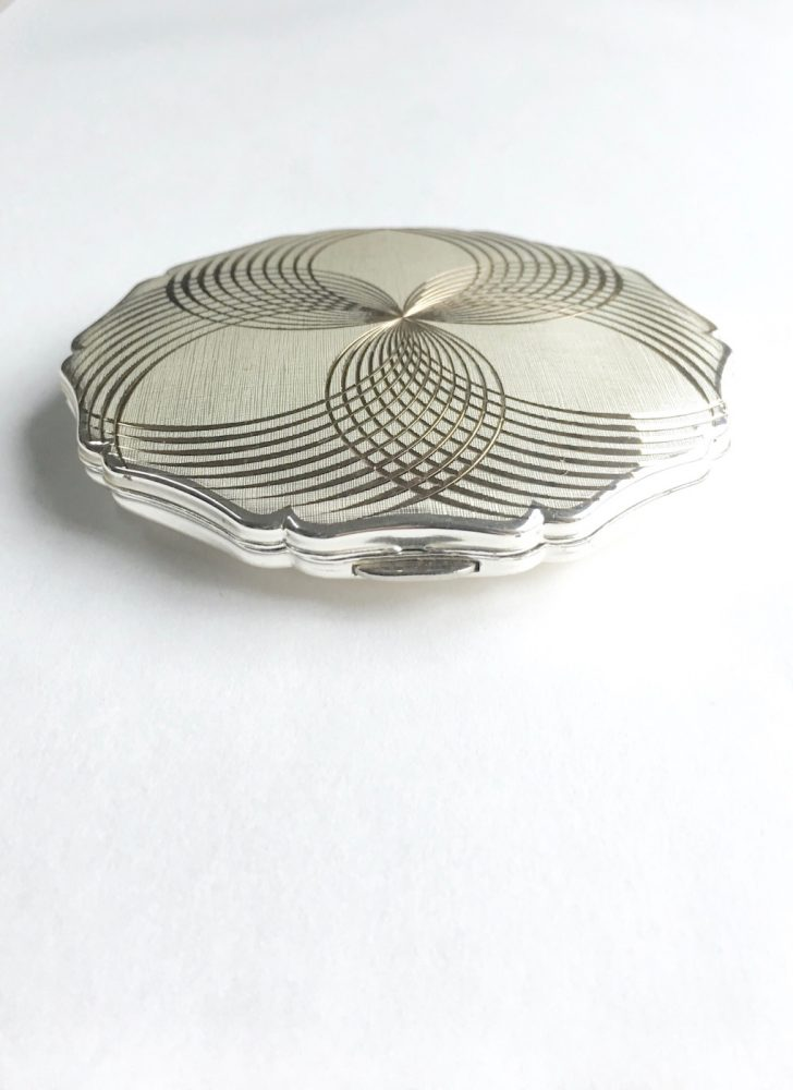 vintage Stratton silver plated compact