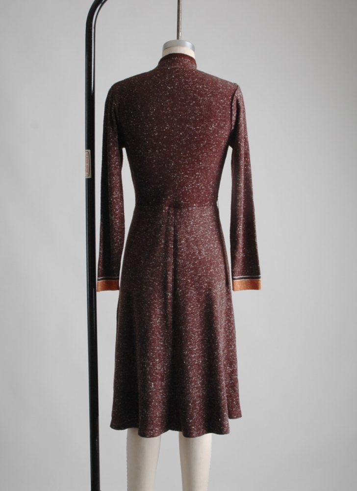 1970s-mandarin-collar-brown-knit-sweater-dress